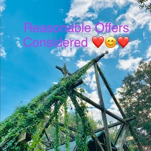 Reasonable Offers Considered ❤️🥰❤️